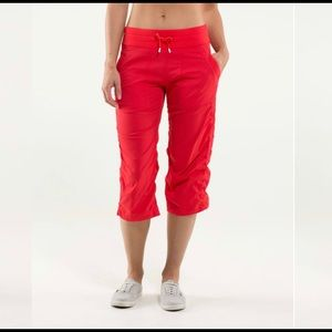 Lululemon Studio Crop *no liner in Love Red